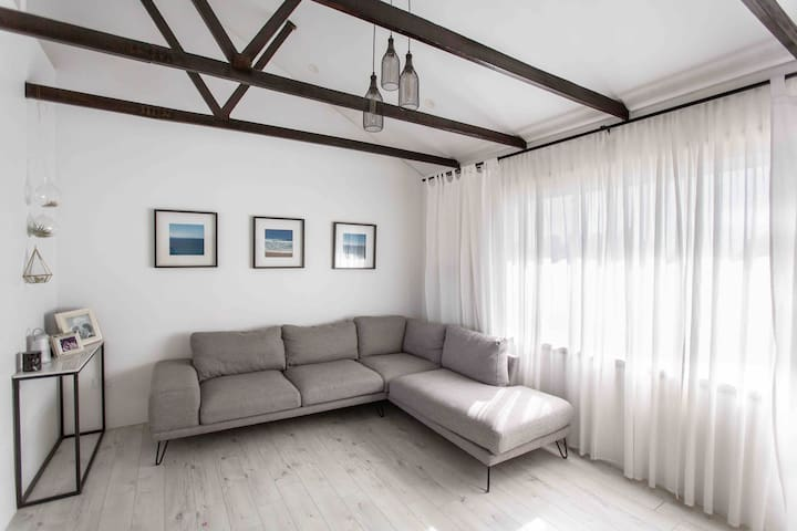 Apartment 2 bedroom ( short & long stay)