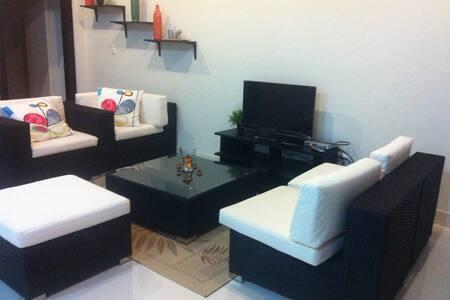 Cheap apartment near the airport - Wohnung