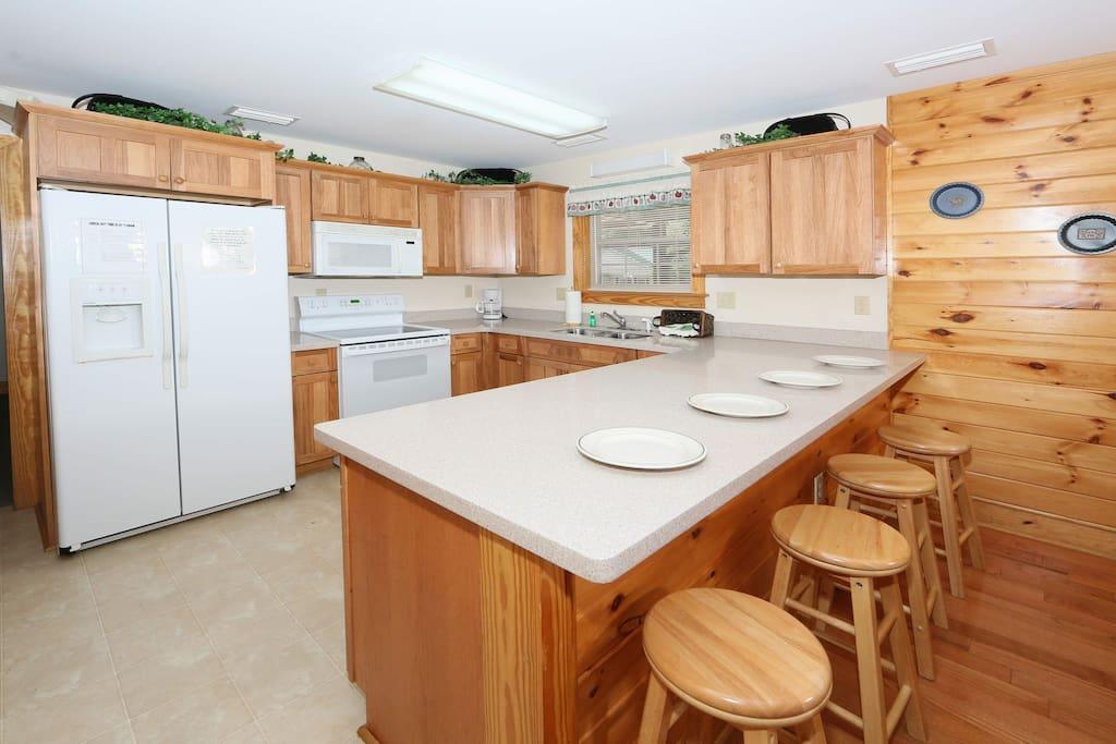 Poplar Point Condo Unit 12C-Kitchen