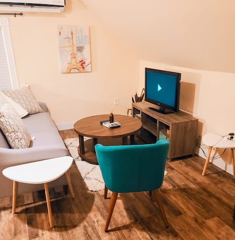 Cozy Guest Suite 10 mins from Downtown Providence