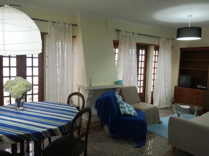 Apartment with sea view in Praia das Maçãs