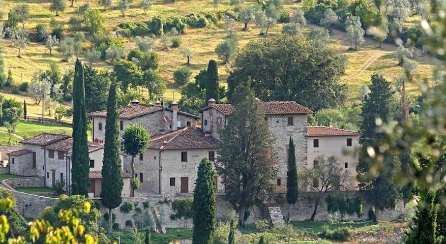 """Borgo Bottaia """"La Romantica"""" 2 pax - Grassina Ponte A Ema"""