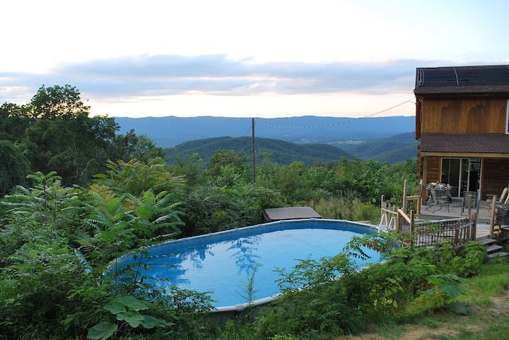 Log Cabin, *Pool, Hot Tub* Views, Views, Log Fires