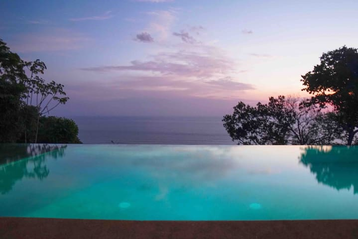 *NEW* Oceanview Villa w/ Private Infinity Pool
