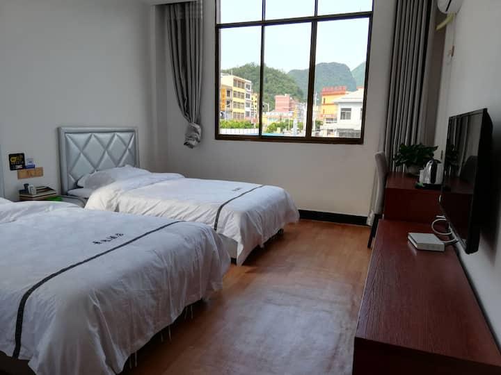 景逸酒店2楼套房