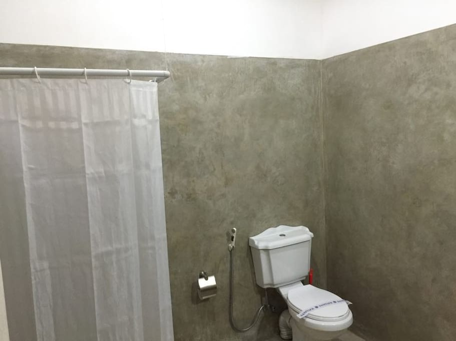 The Washroom with Hot/Cold Showers