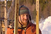 Top tour skier  Finn With special Finn made ski arrived home from top of Adjeka.