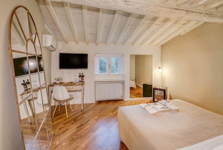 B&B Casamia Suite - Bianca Room