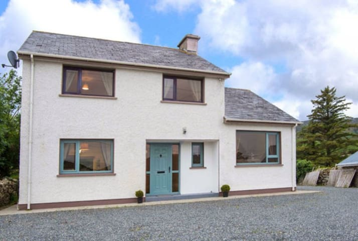 3-Bed House in Clonmany With Panoramic Hillside Se