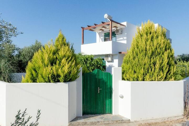 The Sunny house of Drapanias!