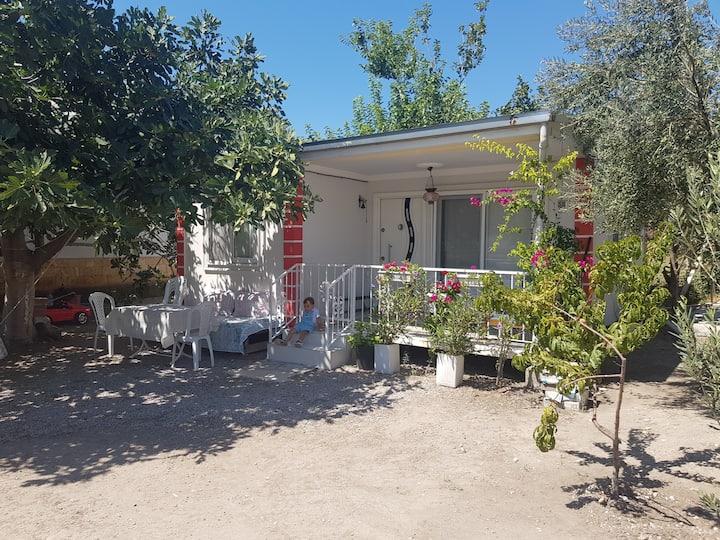 Dikili Bademli Kiralık Yazlık -Holiday Home