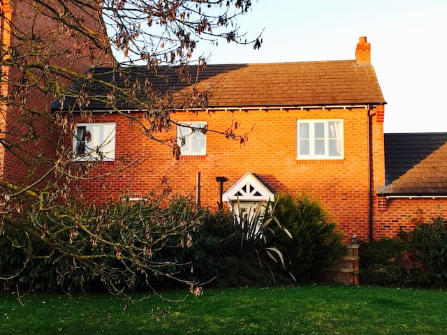 'The Coach House' - Witham Saint Hughs - Casa