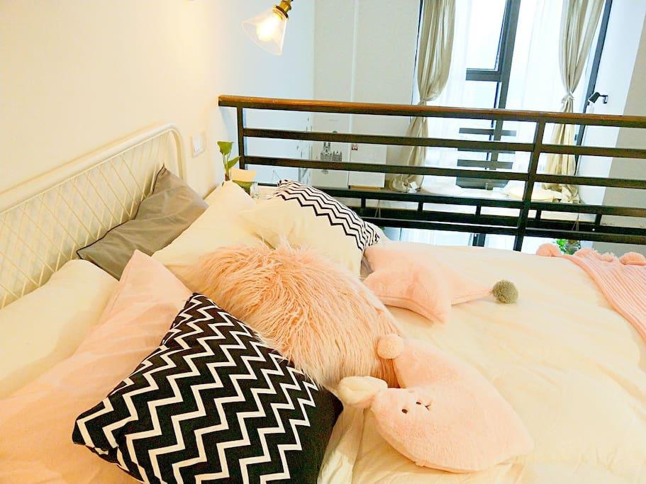 全棉床品,羽丝被芯,羽丝床垫,宜家床和床垫,拒绝荧光剂,一客一换,让您可以安心裸睡。