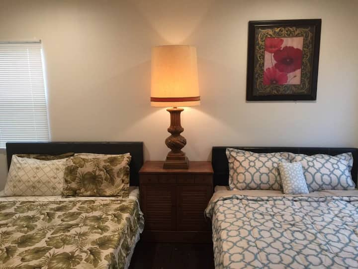 Spacious Large Room with 2 Beds