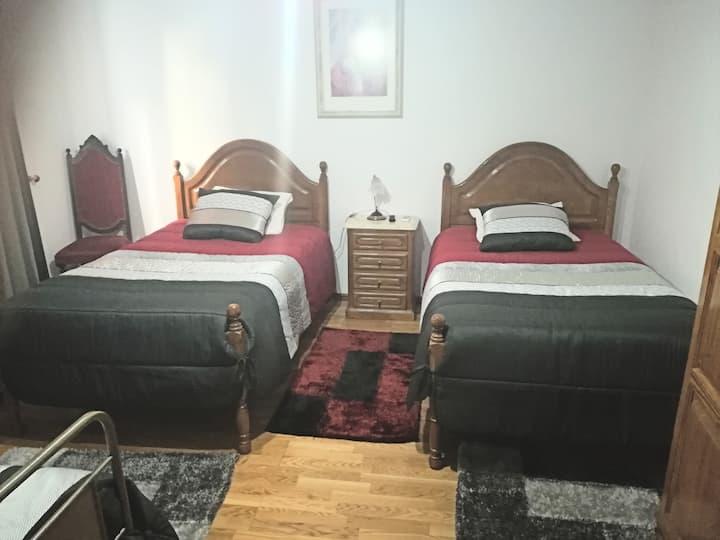 Low Cost, Quadruple Room  w/ AC