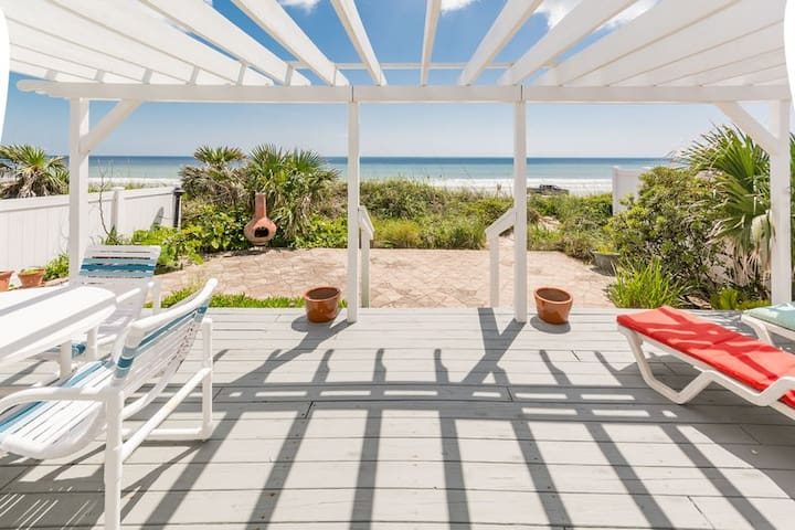 Sandy Feet Retreat - Oceanfront Home - 2701.5H