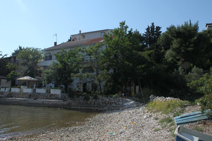 Two bedroom apartment near beach Potočnica, Pag (A-222-b)