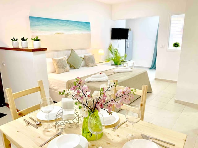 STUDIO BY THE OCEAN IN THE SECURE GATED COMMUNITY