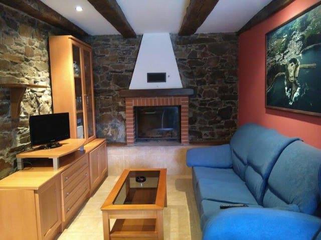 Apartamento rural Casa Roxo - Luarca - Lakás