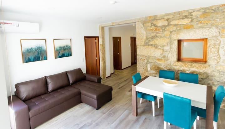 NOVO! Apartamentos Castelo - Apart Pedra R/C Trás
