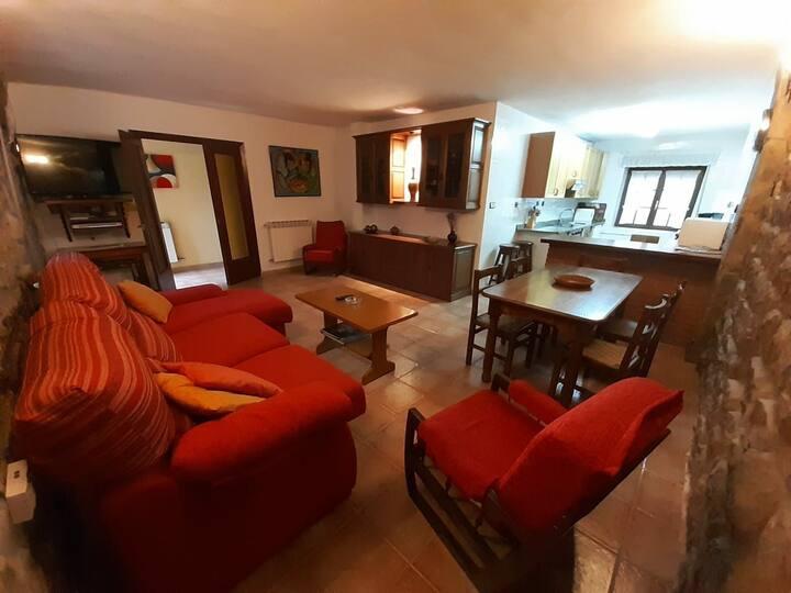 Casa familiar en Sopeña. Tranquilidad y naturaleza