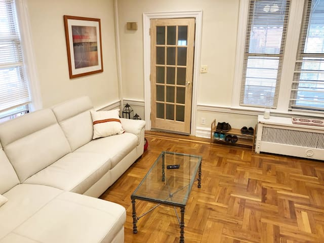 Welcome to our Brooklyn abode! From the front door, you can kick your shoes off and relax on the sectional, watch some TV or just lounge after your travels.
