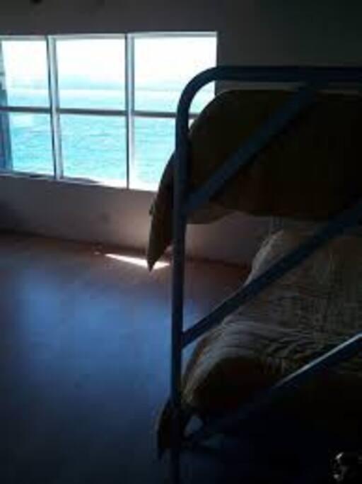 habitaciones compartidas con vista al lago $550 habitaciones privadas $1550