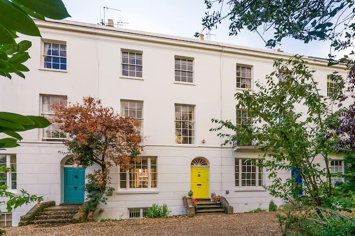 Elegant Grade II listed Regency Family Home