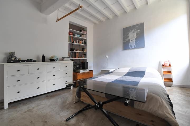 Marin's bedroom - all quiet !