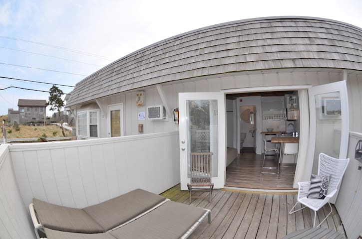 Studio with Deck close to the beach - Cherry Grove - Departamento
