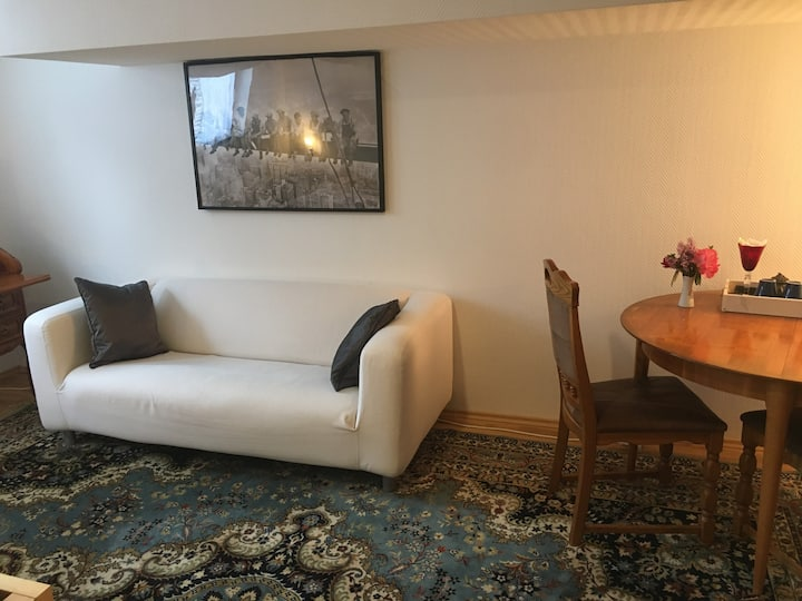 Elegantes Zimmer in Haus mit Garten in Starnberg