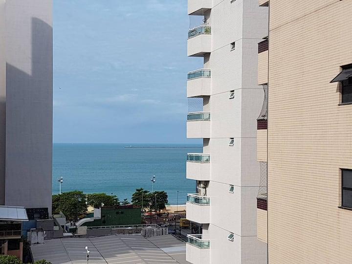 Flat em Meireles com quarto vista para o mar
