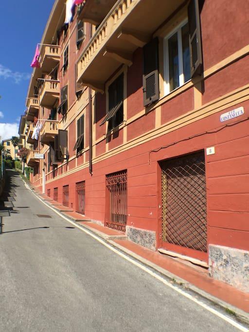 Via Costasecca, 10/1