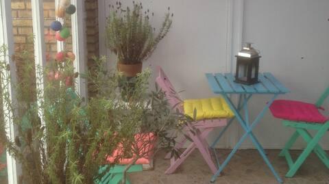 Hyggelig rolig leilighet/hus, med egen hage