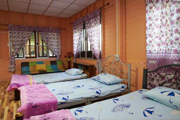 DuangYeeWhaa Homestay, Nong Saeng, Saraburi, 18170
