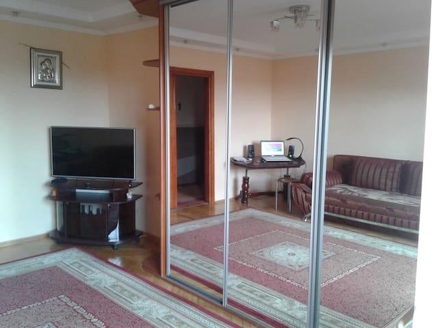 квартира в центре Ивано-Франковска - Ivano-Frankivs'k - Appartement