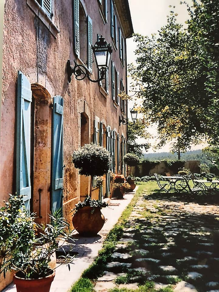 Domaine des Buis / Chambre Jaune