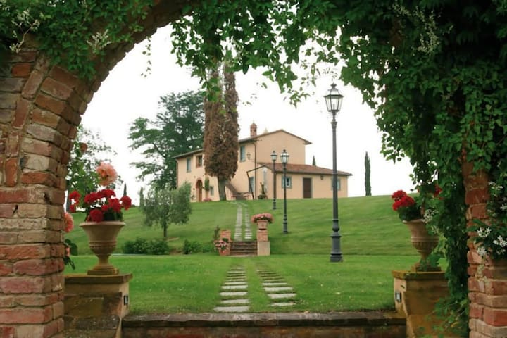 Romantic Tuscany for two at Rosmary - Montepulciano
