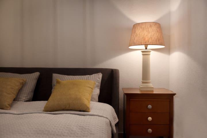Queen sized bedroom #2