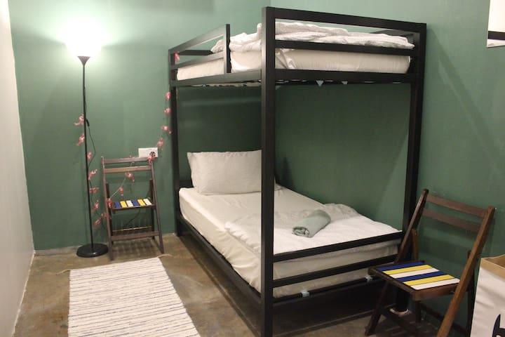 Single Room, Wakalily Hostel
