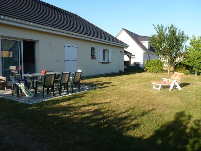 Maison pleine de charme et fonctionnelle - Pitres - Dom