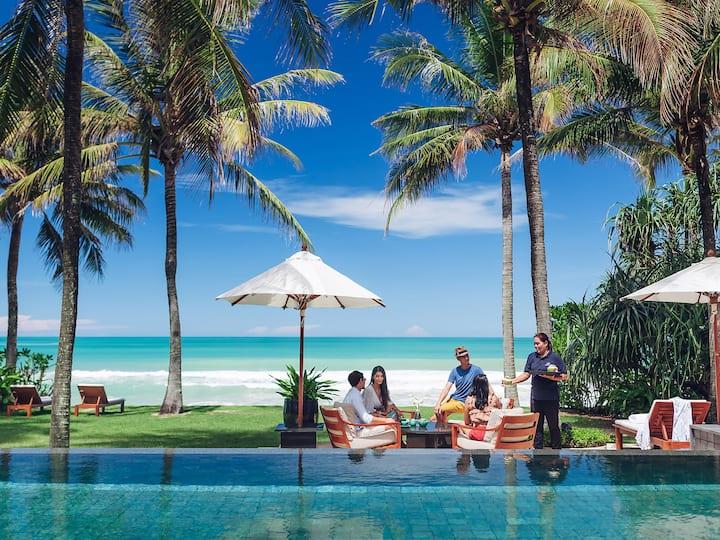 Beachfront Villa Nandana, 4BR, Natai Beach w/ chef