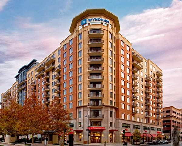 Wyndham National Harbor * 2BR w/Balcony