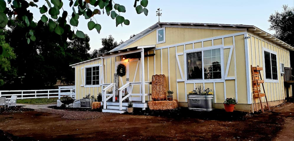Rustic B&B/Farmstay in Wine Country, Ramona, CA