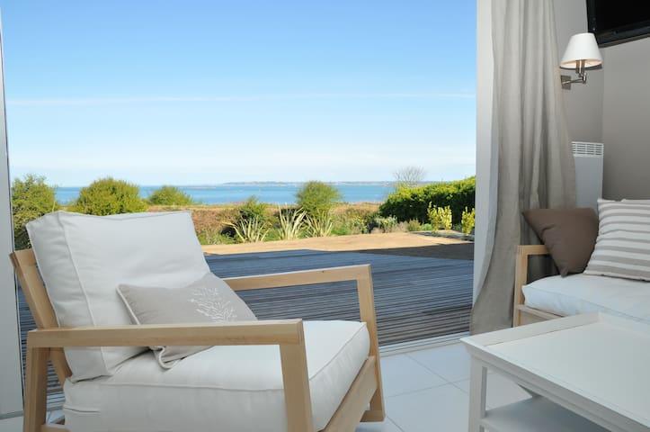 Villa vue sur mer avec piscine à 100m de la plage - Roscoff - 別荘