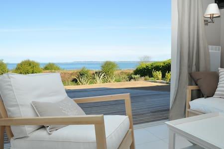 Villa vue sur mer avec piscine - Roscoff