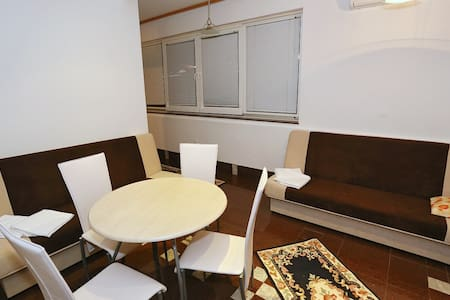 Zara apartment  1 A, FIRST ROW SEA VIEW - Turanj - Pis