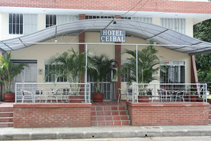 hotel ceibal