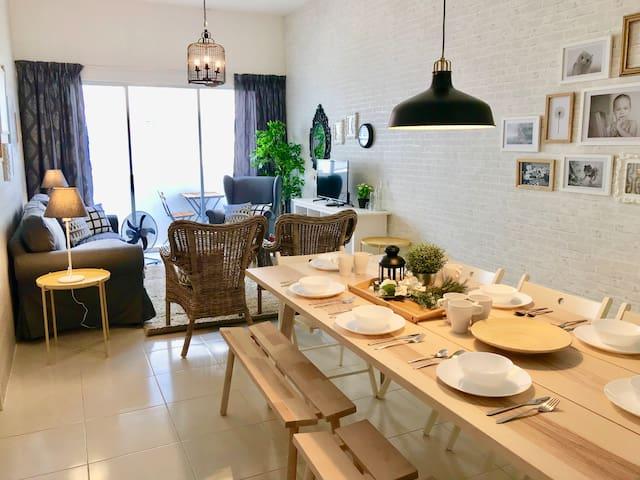 The Home 55 || 温暖的屋檐下