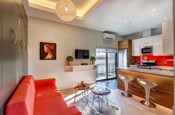 Luxury Studio Apartment in Kensington Market